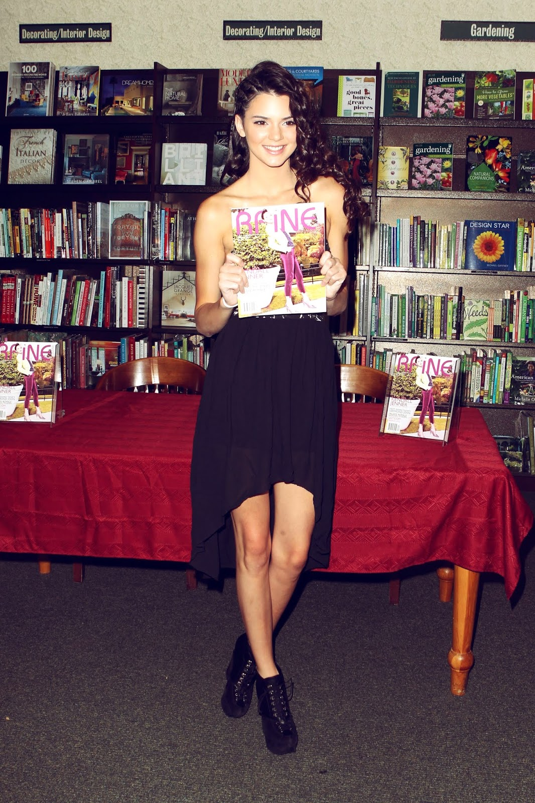 03 - Signing and Autograph RAINE Magazine at Barnes & Noble on August 18, 2012
