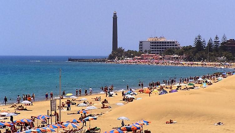 Un var n grave tras sufrir un semiahogamiento en la playa de maspalomas - Gran canaria tv com ...