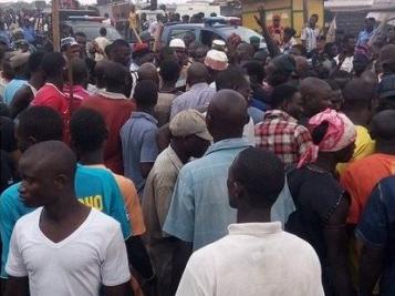 Following Yoruba/Hausa Clash, Ambode Shuts Down Mile 12 Market