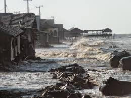 40Persen Pantai Utara Karawang Rusak Akibat Abrasi