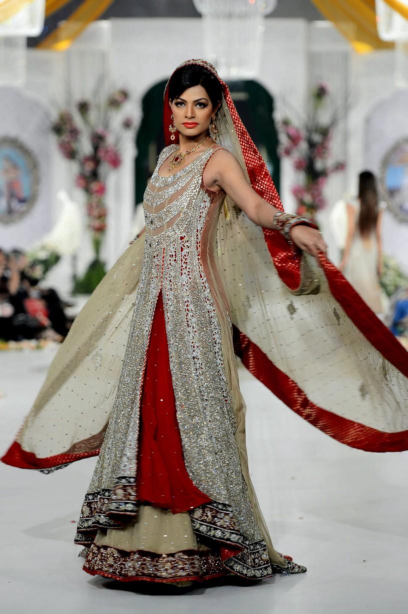 Pakistani Bridal Dresses   Rani Emaan Bridal Dresses in ...