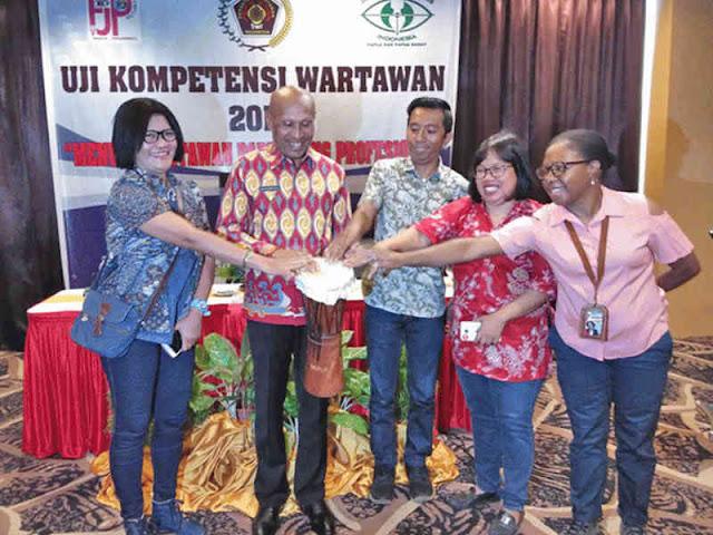 Pemkot Jayapura Wajibkan Wartawan Tunjukkan Kartu Uji Kompetensi