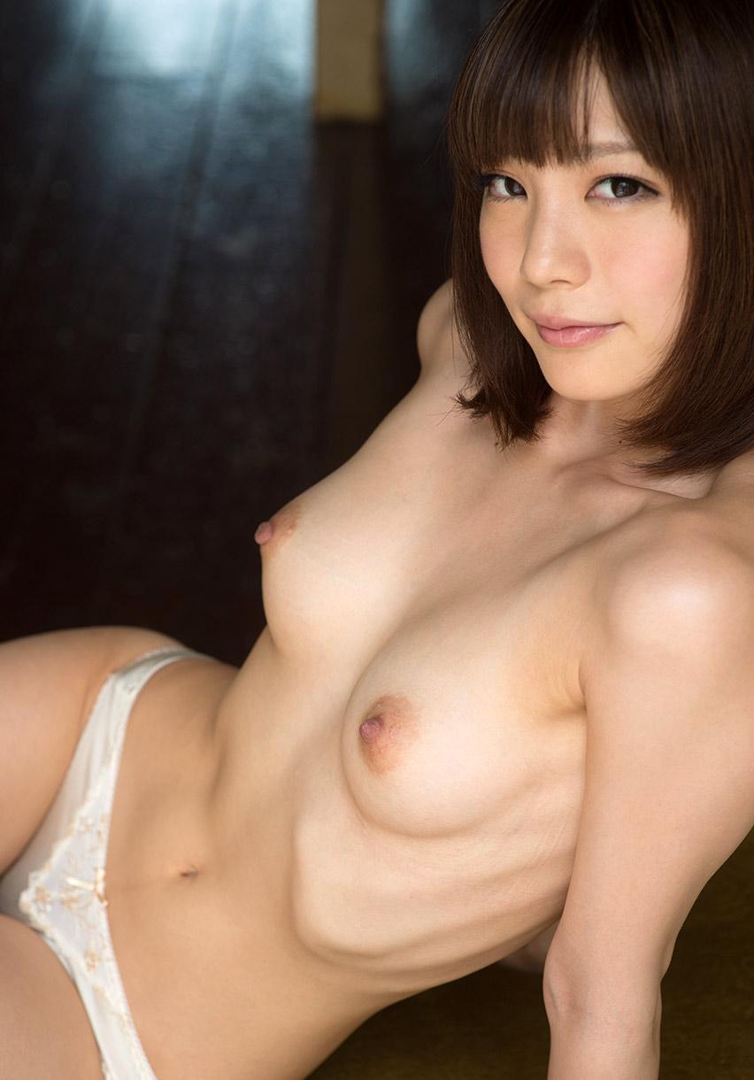 airi suzumura sexy naked pics 01