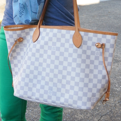 Louis Vuitton MM Damier azur neverfull tote and green skinny jeans | awayfromtheblue