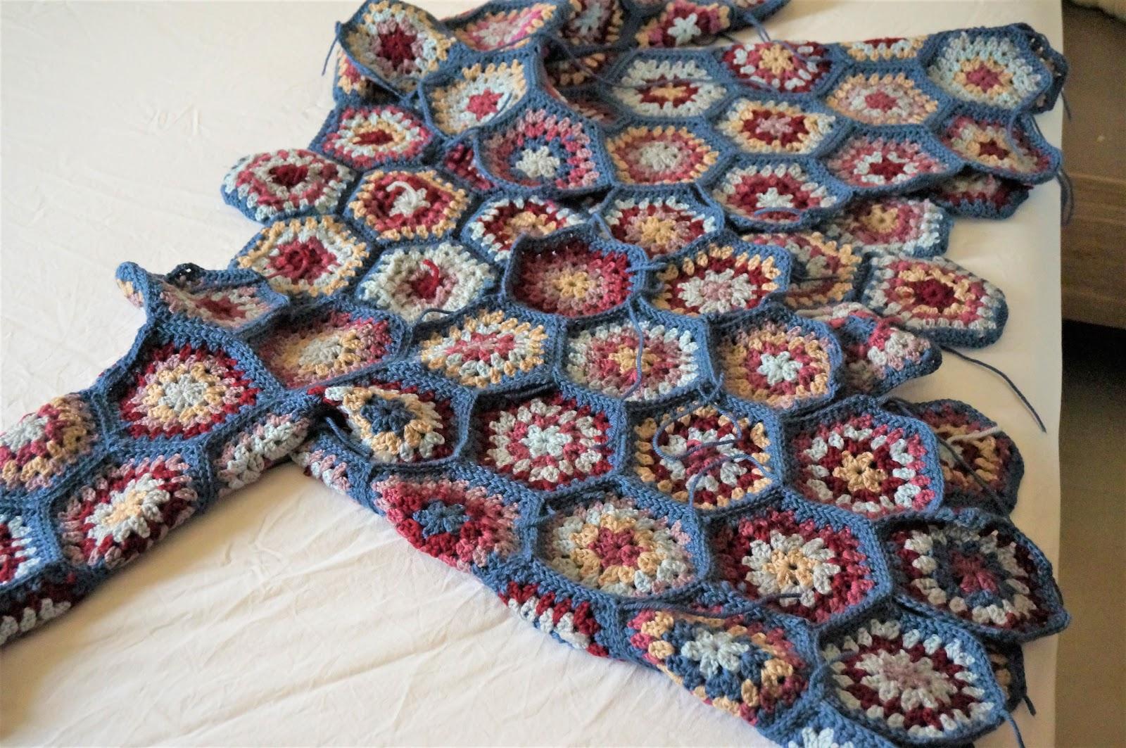 How To Crochet Half Granny Hexagon