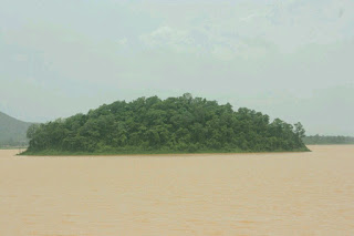 Kinnerasani Sanctuary island