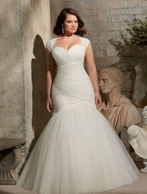Trumpet/Mermaid Sweetheart Lace-upTulle with Ruffles Ivory Wedding Dress- Price: USD $282.15 (54.0% OFF)