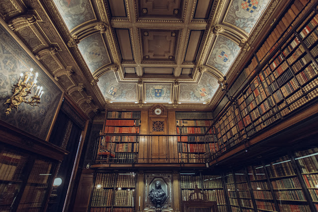 βιβλιοθήκη 2