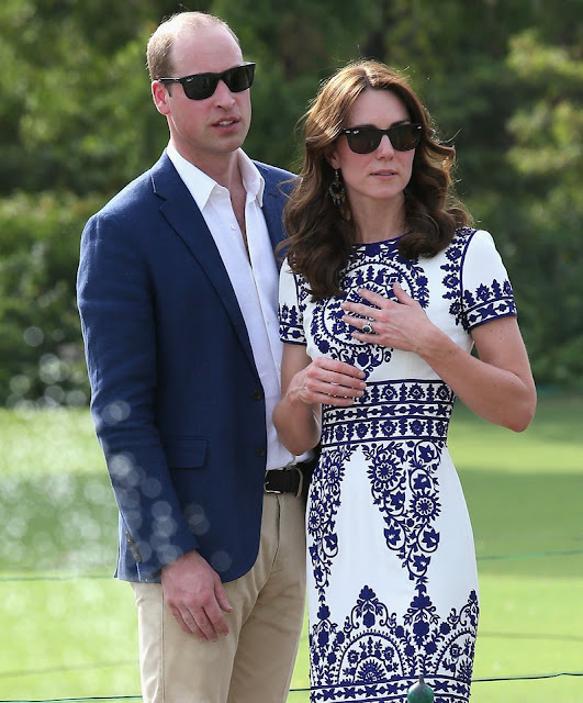 Kate Middleton and Prince William visit Taj Mahal. Duchess Catherine and Prince William visit Taj Mahal