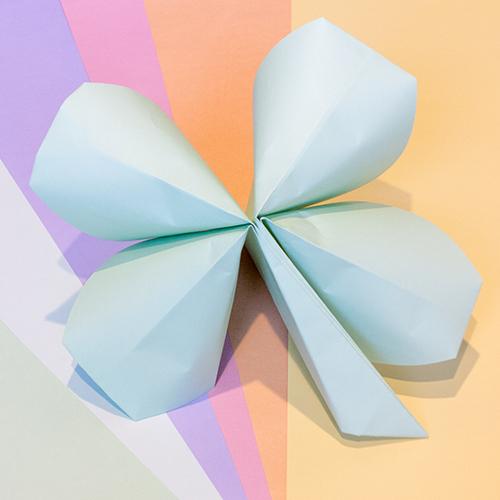 Lucky Paper Clover | LLK-C.com