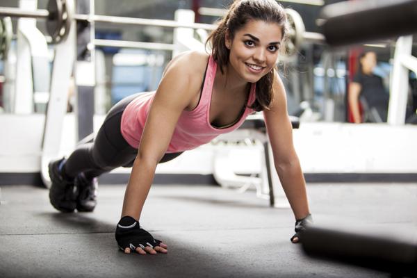 Un estudio lo confirma: Reír es la mejor medicina y reduce tanto el estrés como hacer deporte