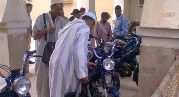 الداخلية توزع دراجات نارية صينية الصنع على أعوان السلطة بعمالة أكادير إداوتنان