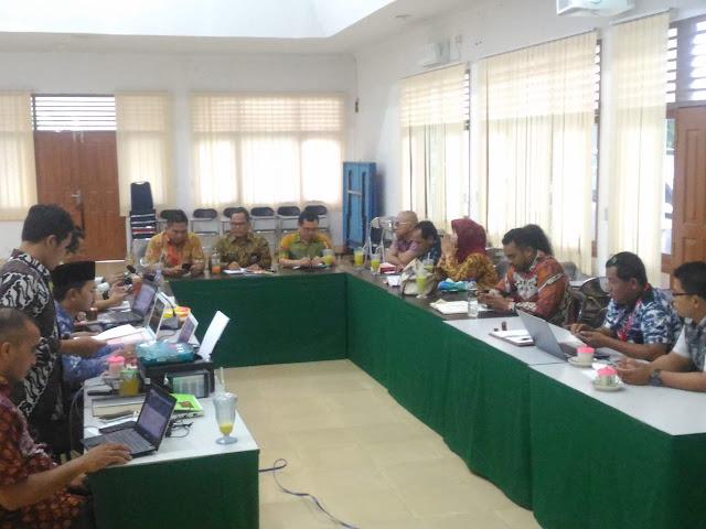 Dukung Jokowi, 9 dari 11 Kepala Daerah Langgar Aturan