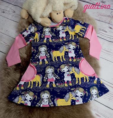 Kleid für Pferdenärinnen
