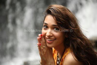 Tamanna latest cute photos