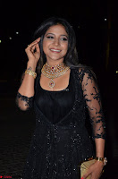 Sakshi Agarwal looks stunning in all black gown at 64th Jio Filmfare Awards South ~  Exclusive 039.JPG