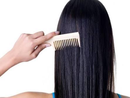 Menguatkan Akar Rambut Kandungan nutrisi yang ada dalam madu sangat baik  bagi kesuburan rambut anda. Sama seperti tubuh rambut juga perlu asupan  nutrisi ... d9b8bb14c1