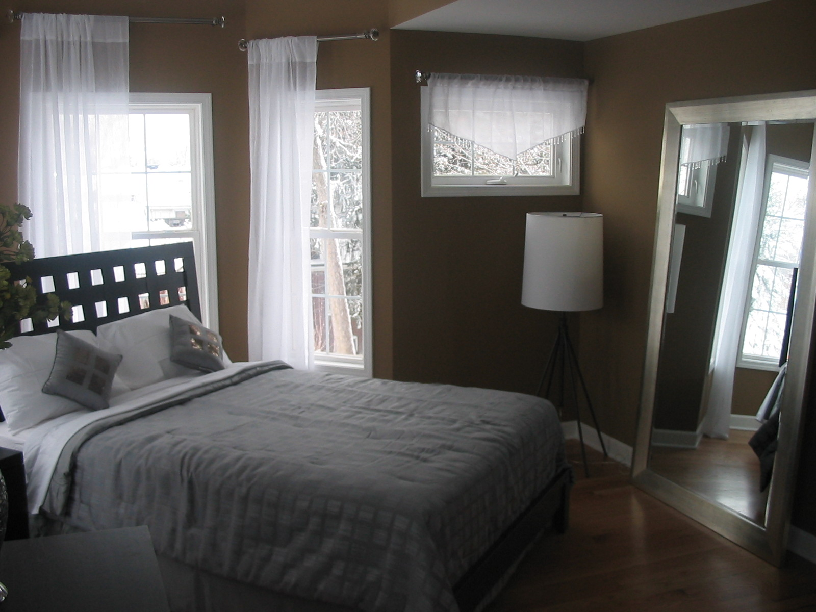 Ideas For Decorating Small Bedroom  The Interior Designs