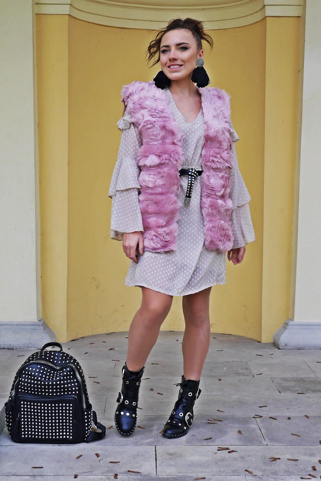 sukienka szyfonowa w kropki botki tired of being alone renee plecak z ćwiekami karyn blog modowy blogerka modowa stylizacje modowe