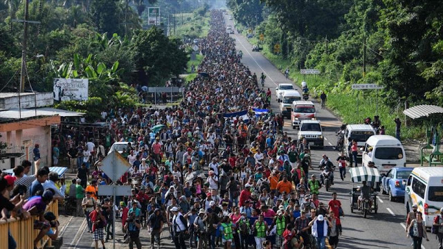Migrantes hondureños en México siguen rumbo a EEUU