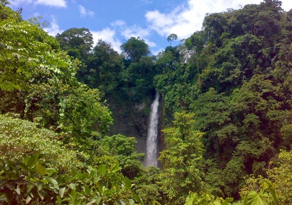 Hikong Bente Seven Falls