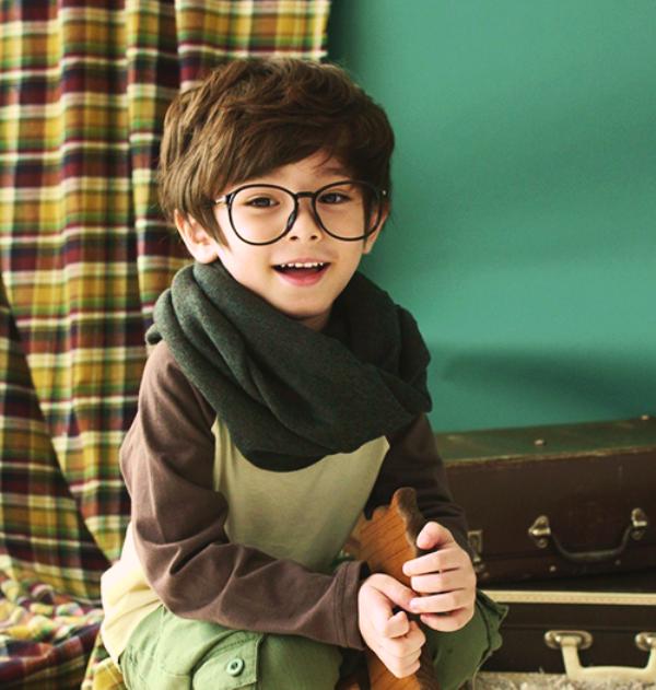 Foto Dennis Kane bocah paling ganteng di dunia