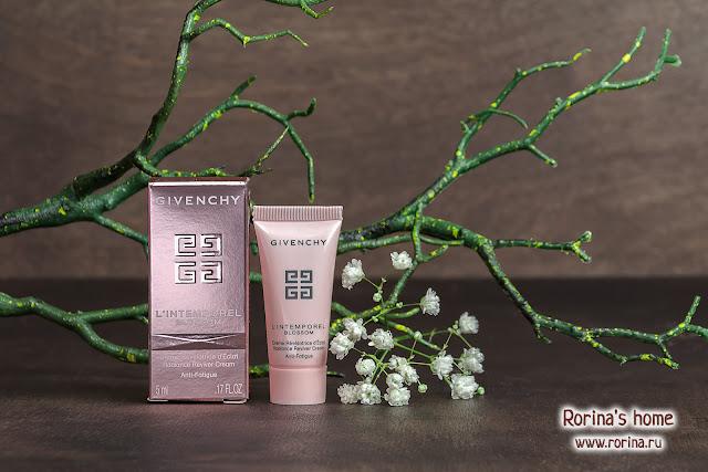 Givenchy L'Intemporel Blossom Крем для сохранения молодости и сияния кожи: отзывы