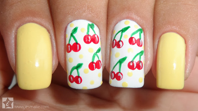 Unhas Decoradas de Cerejas