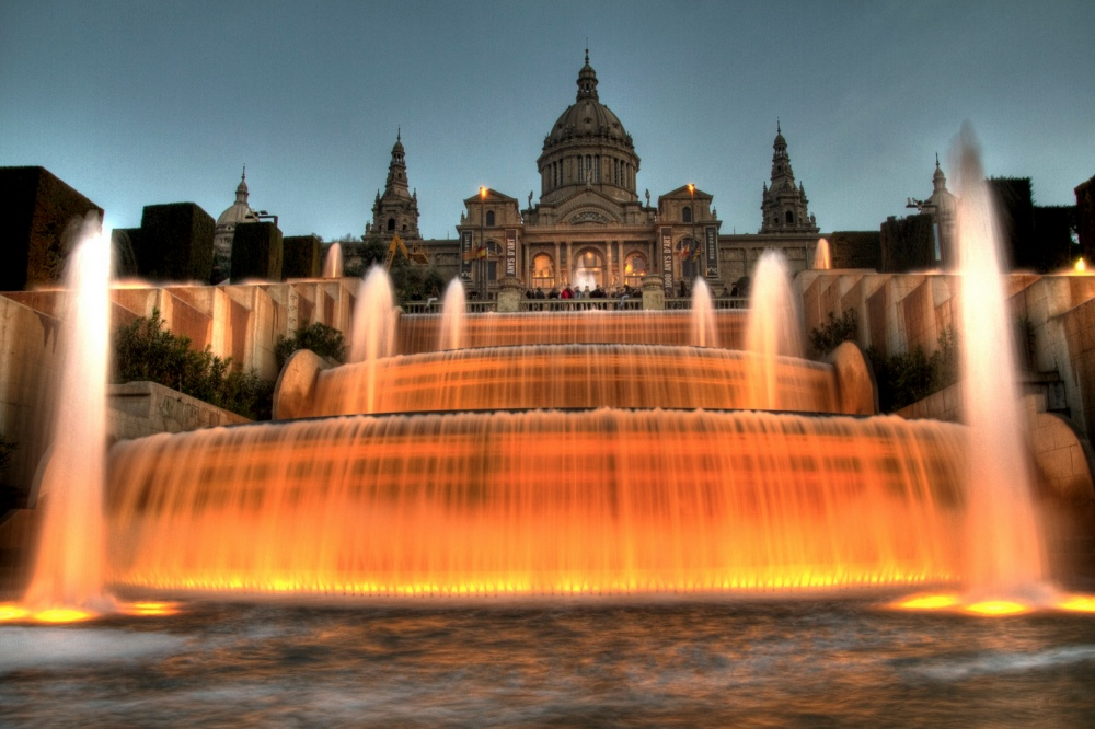 18 Amazing Fountains From All Over The World That Are Real Works Of Art - Barcelona Magic Fountain of Montjuïc