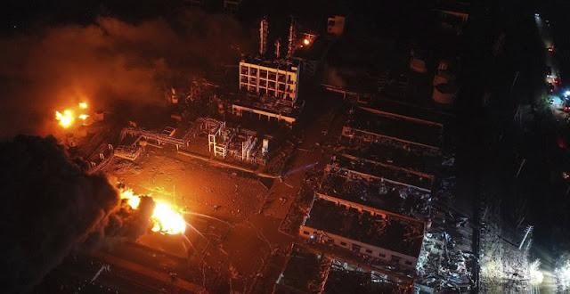 BEIJING, China.- Una fuerte explosión registrada en una planta de sustancias químicas en el oriente de China con un largo historial de violaciones a las medidas de seguridad dejó al menos 47 muertos y cientos de heridos más, entre ellos 90 de gravedad.