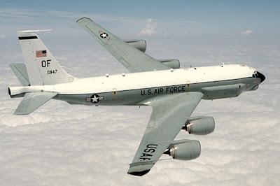 Pesawat pengintai RC-135 milik Angkatan Udara AS