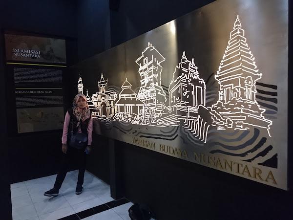 Satu Hari Menjelajah Nusantara, di Museum Diorama Nusantara Purwakarta
