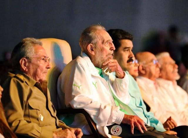 Decretan tres días de duelo en Venezuela por la muerte de Fidel Castro