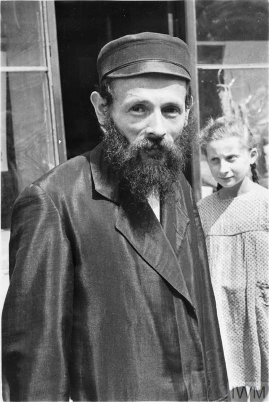 A Jewish man posing for the camera.