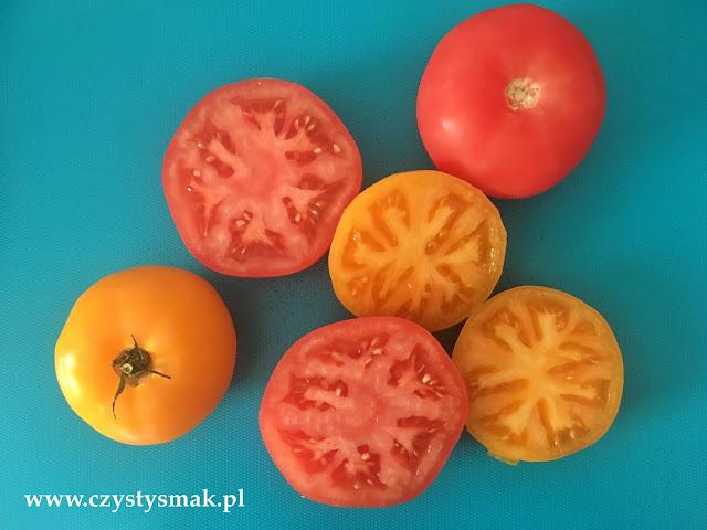 pomidory zaraz trafią do piekarnika