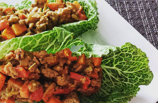 Healthy Thai Chicken Curry Lettuce Wraps