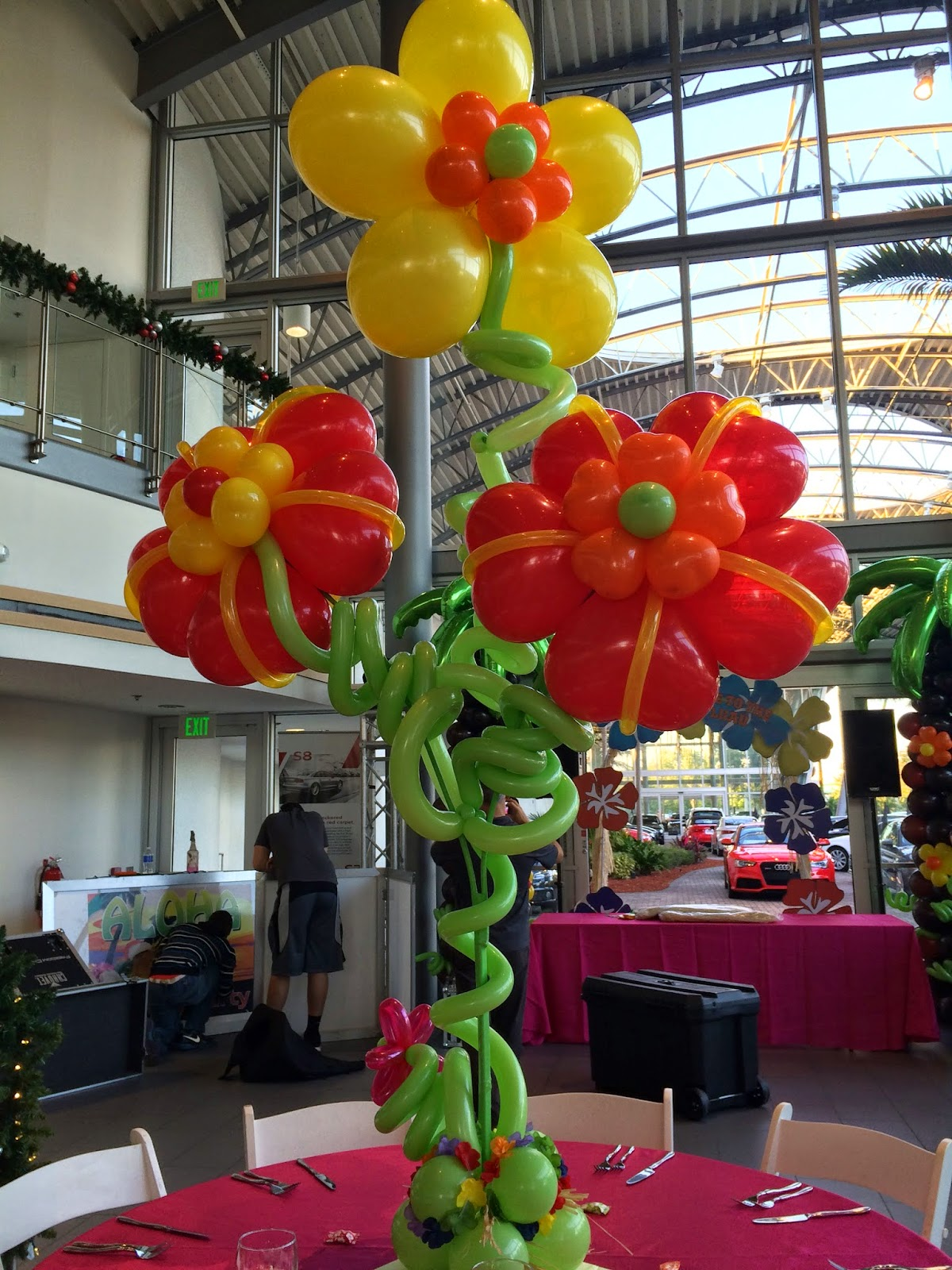 Hawaii party decoration, hibiscus flower balloon
