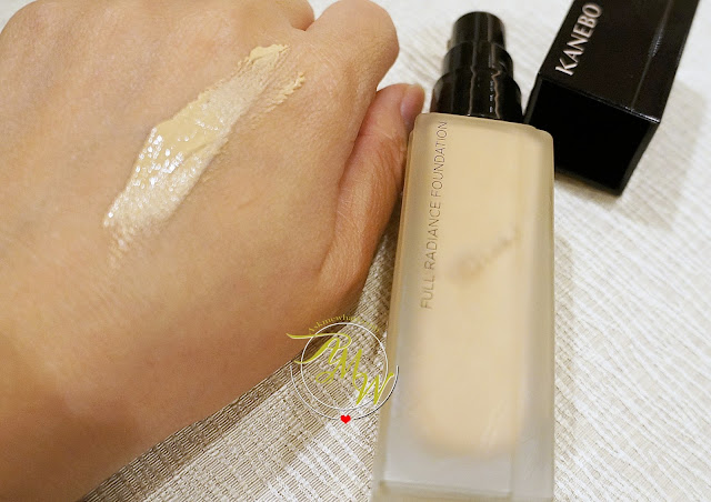 a photo of   Kanebo Full Radiance Foundation