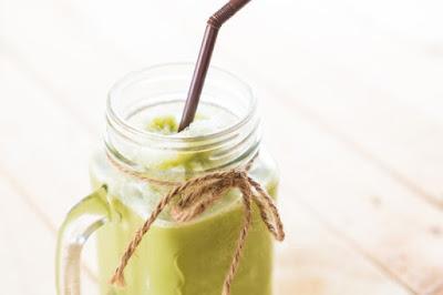 Jugo verde para bajar el abdomen y limpiar tu organismo