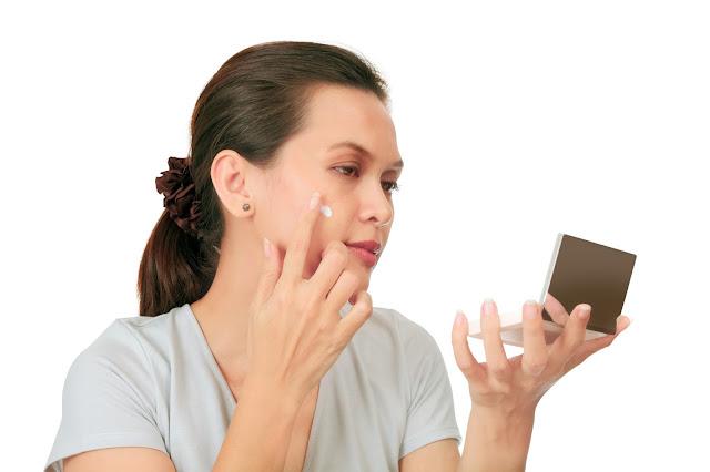 5 Rules to Follow When Applying Anti-Aging Cream