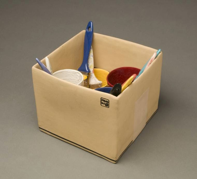 09-Cardboard-Box-Victor-Spinski-Clay-Sculptures-replicating-objects-from-Daily-Life-www-designstack-co