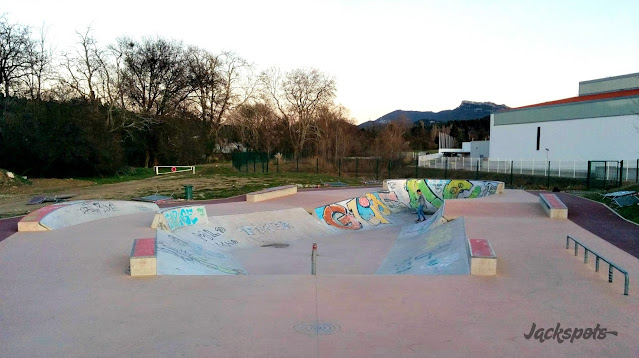 skatepark simiane collongue