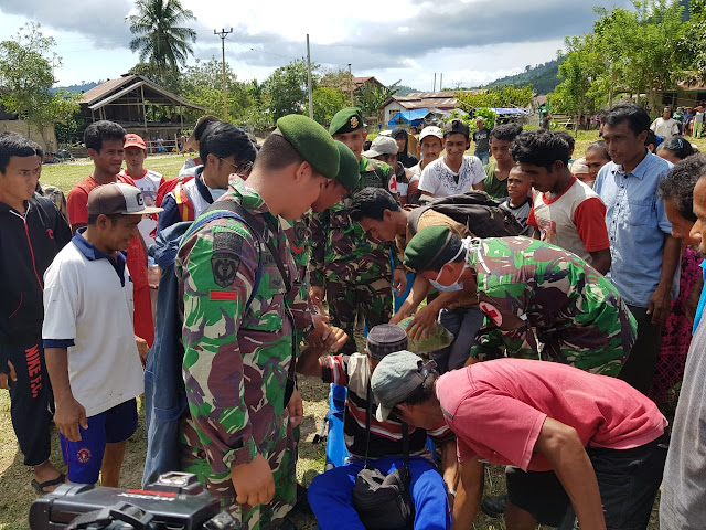 Tim Kesehatan TNI Masuki Daerah Terisolir di Donggala
