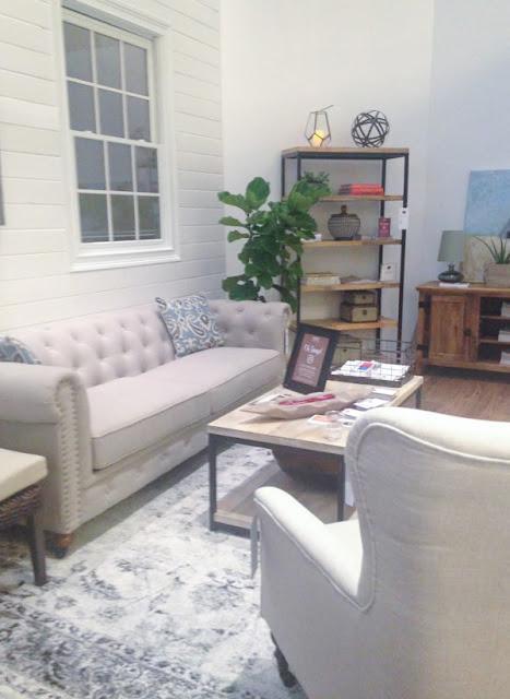 A recap of Haven, a DIY and Home decor conference. www.littlehouseoffour.com