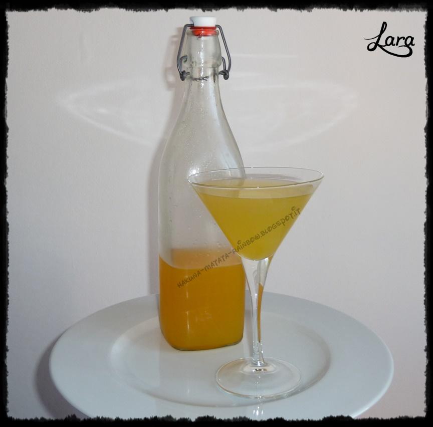 http://cucinaconlara.blogspot.it/2014/12/sciroppo-di-arance-per-aranciata-simil.html