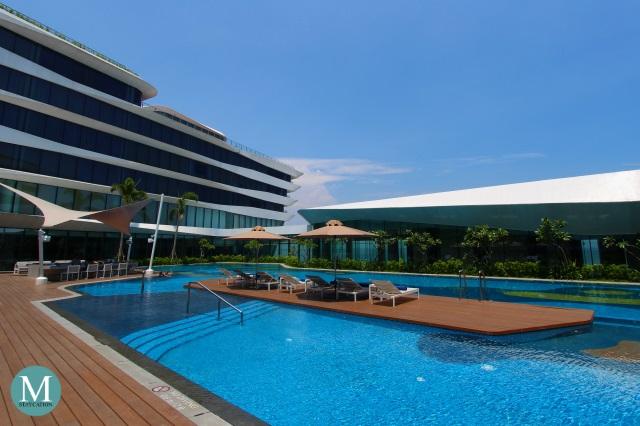 Conrad manila - Hotels in manila with swimming pool ...
