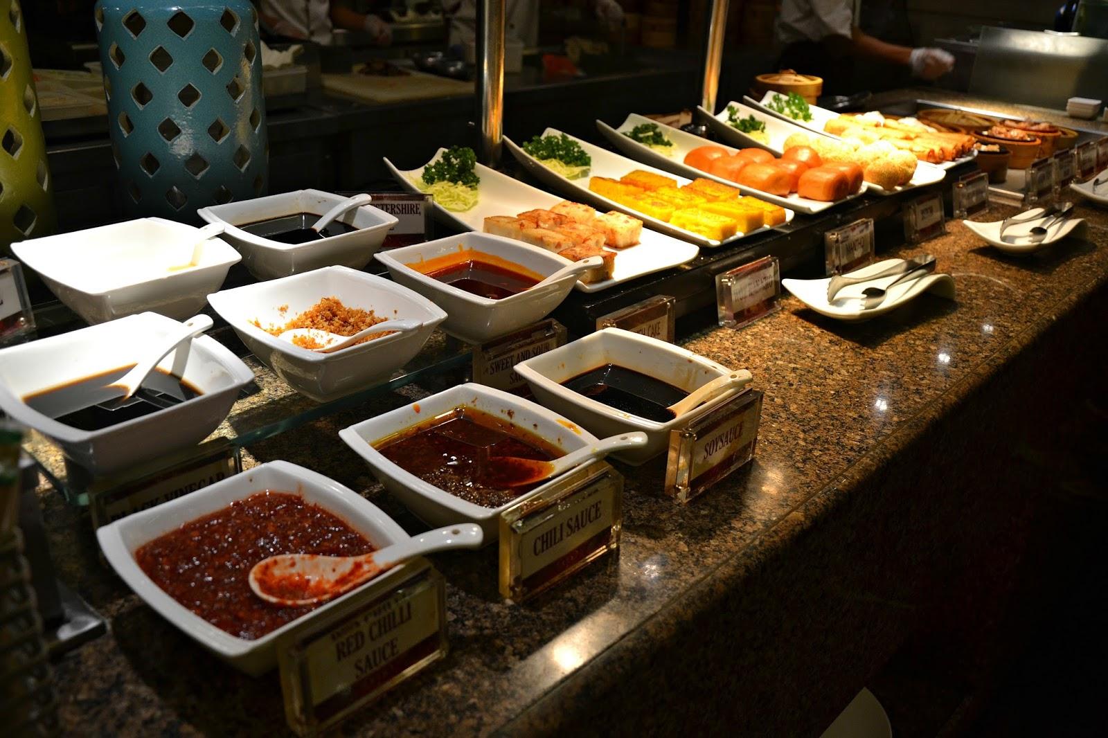 Remarkable Foodtrip Buffet 101 International Cuisine Moa Home Interior And Landscaping Oversignezvosmurscom