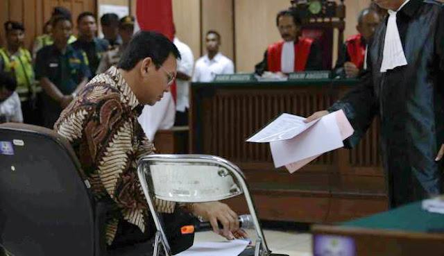 Hasil Sidang Ahok Hari Ini, JPU Tuntut Ahok Dengan Hukuman Percobaan 2 Tahun Dan Penjara 1 Tahun