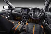 Mitsubishi L200 Barbarian SVP II Double Cab (2018) Dashboard