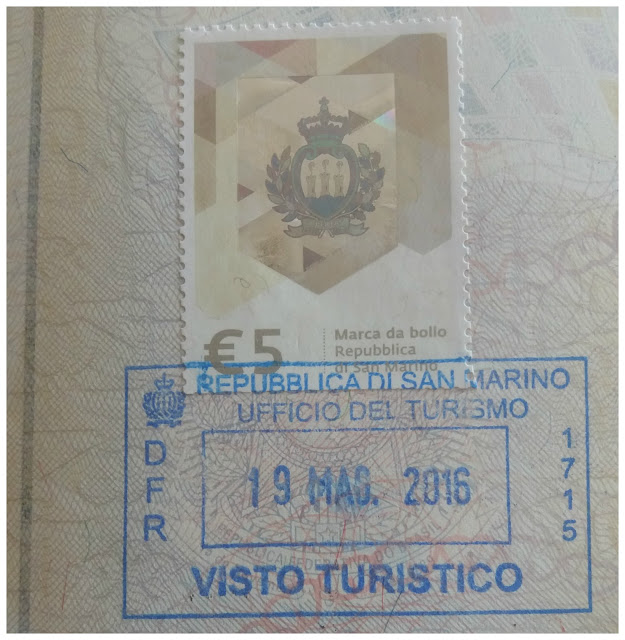 selo e carimbo de San Marino no passaporte